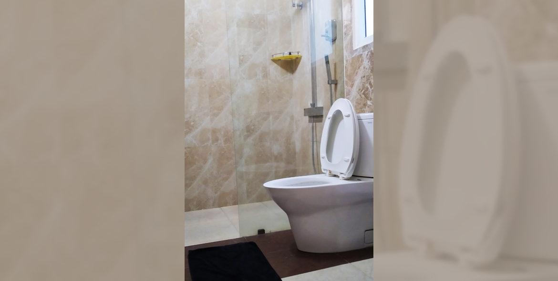 Studio Room - restroom